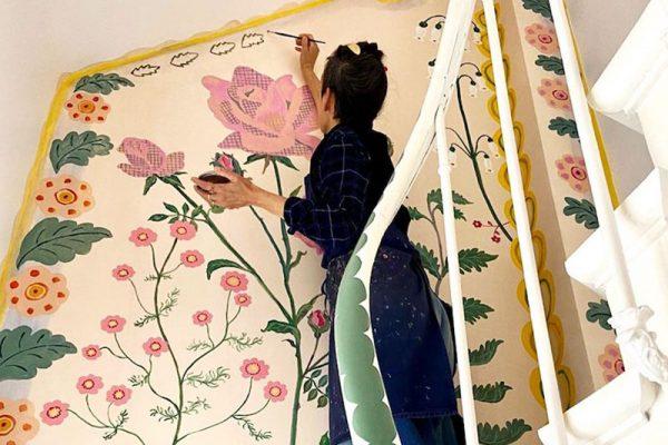 Nathalie Lété fleurs maison, Confinée Nathalie Lété Habille de Fleurs les Murs de sa Maison