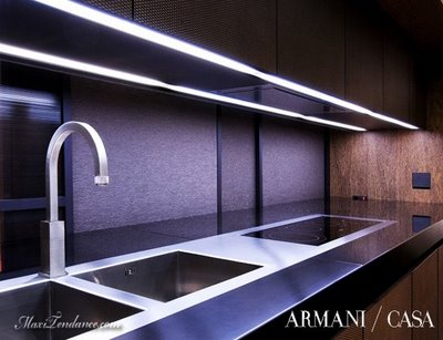 Cuisine de luxe design clive christian luxury kitchen in for Marque cuisine italienne design
