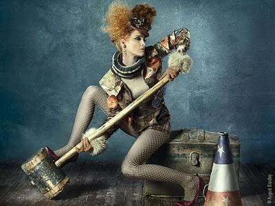 , August Bradley : Photographie de Mode Conceptuelle